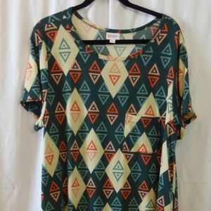 LuLaRoe Carly Dress 3X Green/Coral Triangle Print